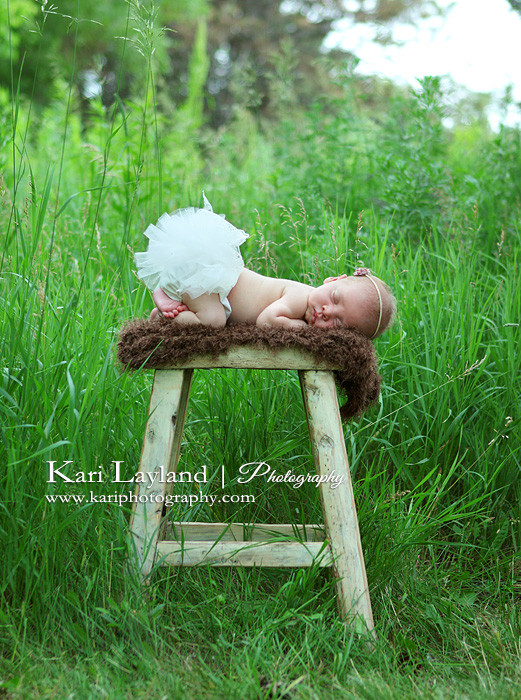 Newborn baby photography outdoors MN