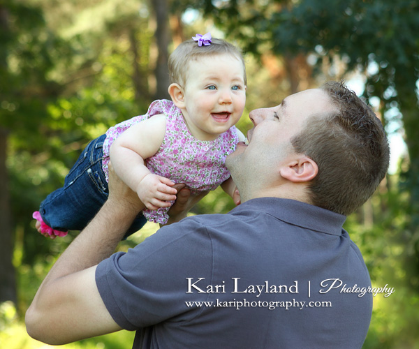 Daddy and baby girl | Kari Layland - MN portrait photographer Blog: kariphotography.com/blog/2011/08/meet-piper-mn-baby-and-family...